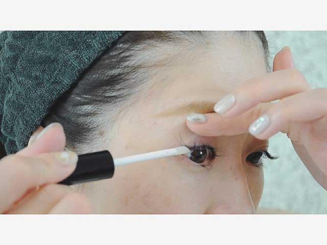 まつげ美容液 効果的 塗り方 チップタイプ